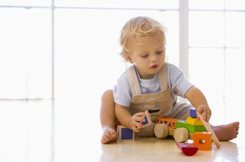 Bambini: con meno giochi crescono meglio