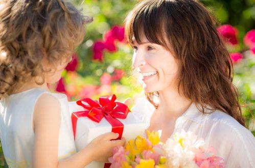 Festa della mamma: le origini di un giorno speciale