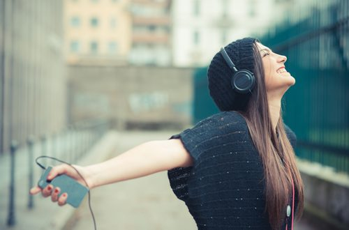 """Emozioni """"musicali"""": quando una melodia ci fa venire i brividi"""