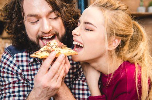Vita di coppia: l'amore felice fa ingrassare