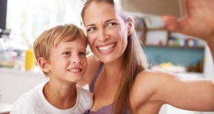Figli e foto sui social: solo se mamma e papà sono d'accordo