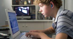 Pornografia: come influenza l'adolescenza