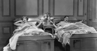 Coppie moderne: i vantaggi di dormire in camere separate