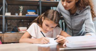 Scuola: quando i compiti li fanno i genitori