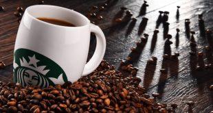 Tazza Starbucks riciclabile con chicchi di caffè