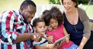 famiglia mista bambini bilingui